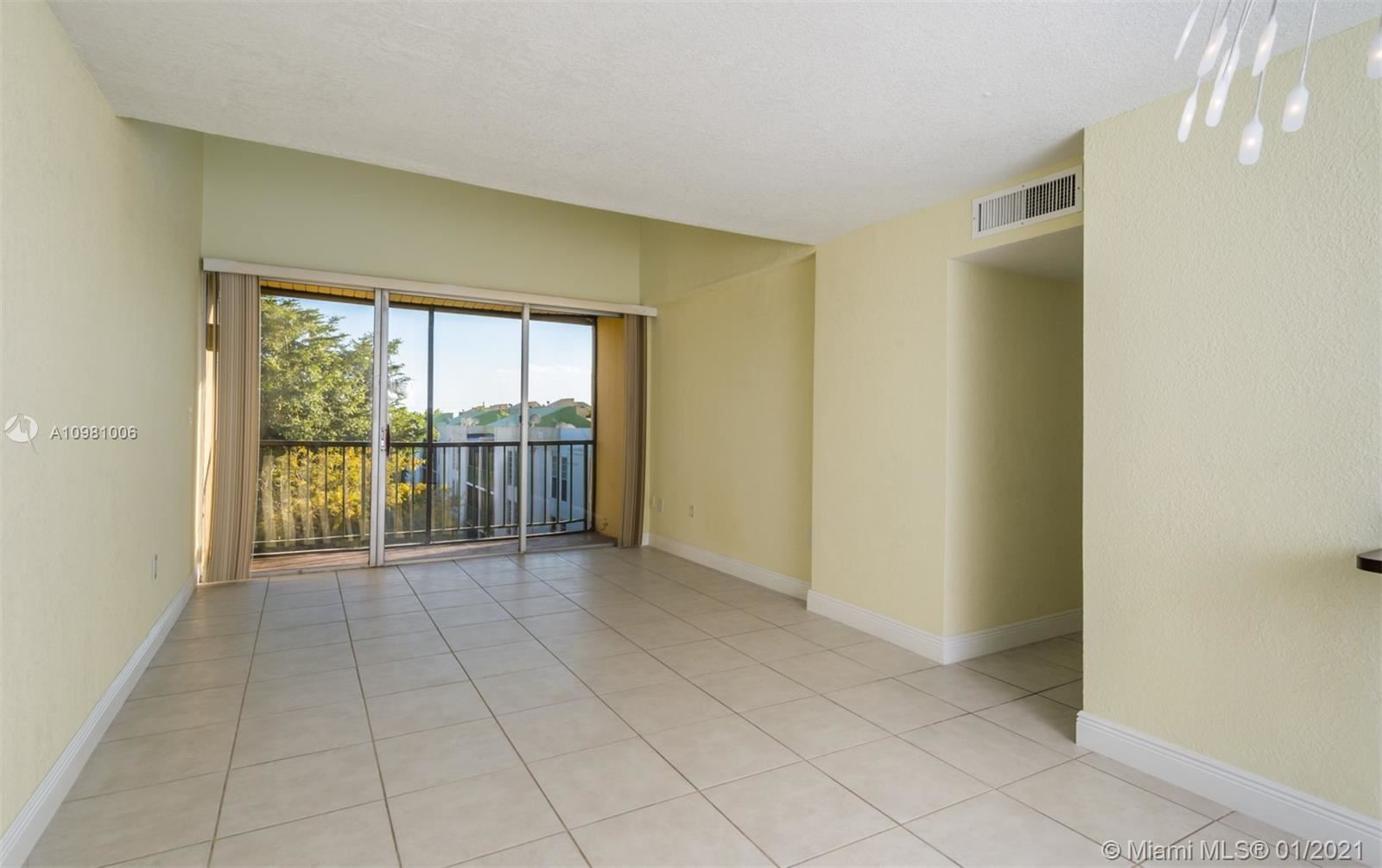 8820 Fontainebleau Blvd #506, Miami, FL 33172 - #: A10981006