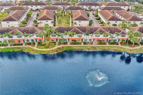 Photo of 239 SW 7th St #239, Pompano Beach, FL 33060 (MLS # A11003007)
