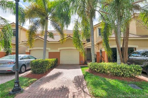 Photo of 4068 Timber Cove Ln, Weston, FL 33332 (MLS # A10989009)