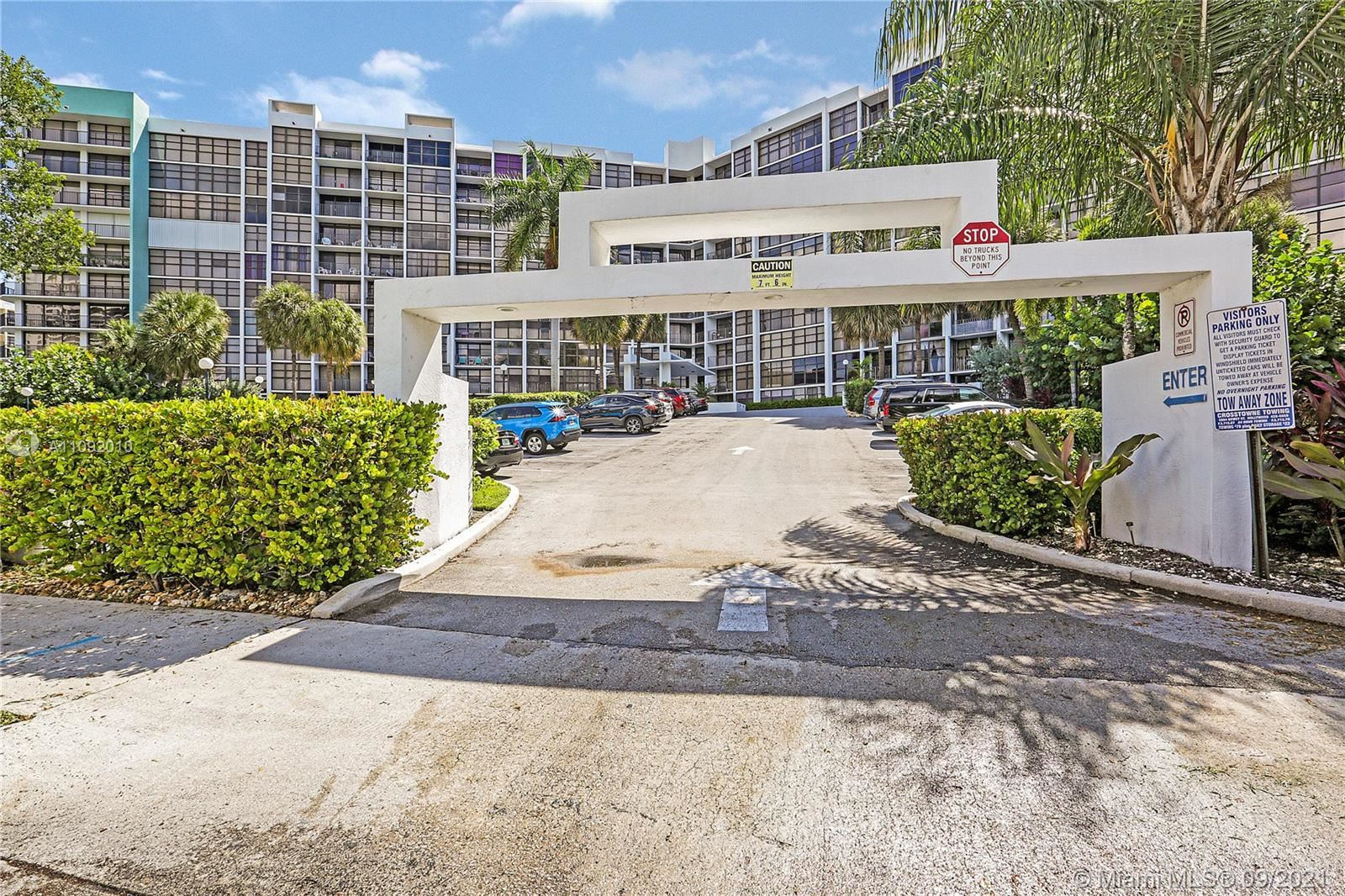 400 Leslie Dr #925, Hallandale Beach, FL 33009 - #: A11092010