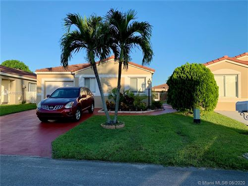 Photo of Listing MLS a10903011 in 17360 SW 142nd Ct Miami FL 33177