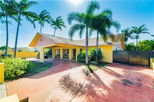 Photo of 10000 SW 44 St, Miami, FL 33165 (MLS # A11003011)