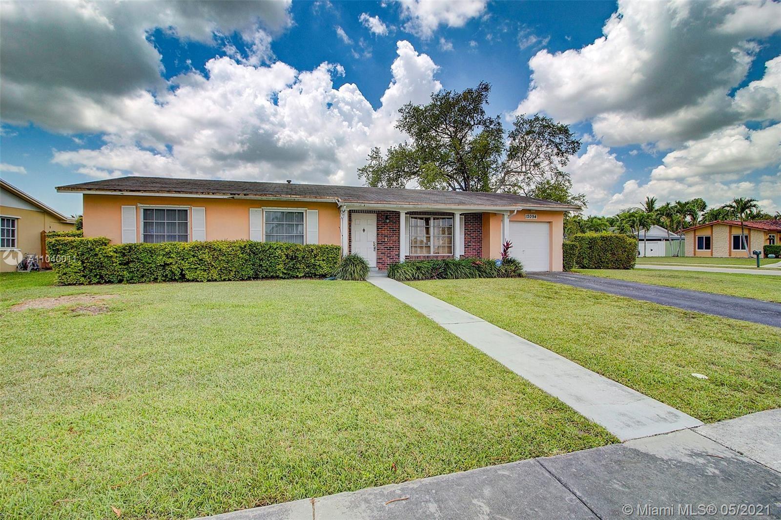 12094 SW 116th Ter, Miami, FL 33186 - #: A11040011