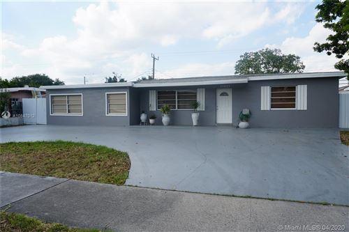 Photo of 10225 SW 37th Ter, Miami, FL 33165 (MLS # A10847012)