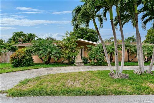 Photo of 15100 SW 89th Ave, Palmetto Bay, FL 33176 (MLS # A10954012)