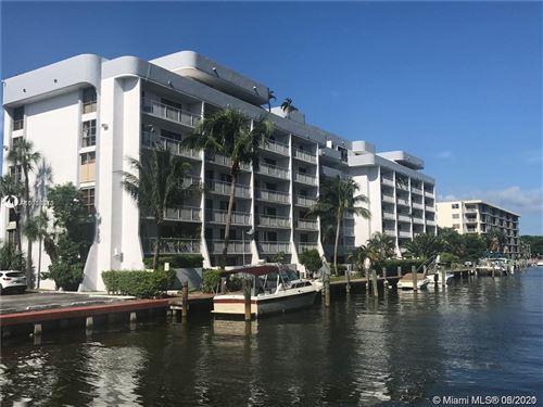Photo of North Miami, FL 33181 (MLS # A11058015)