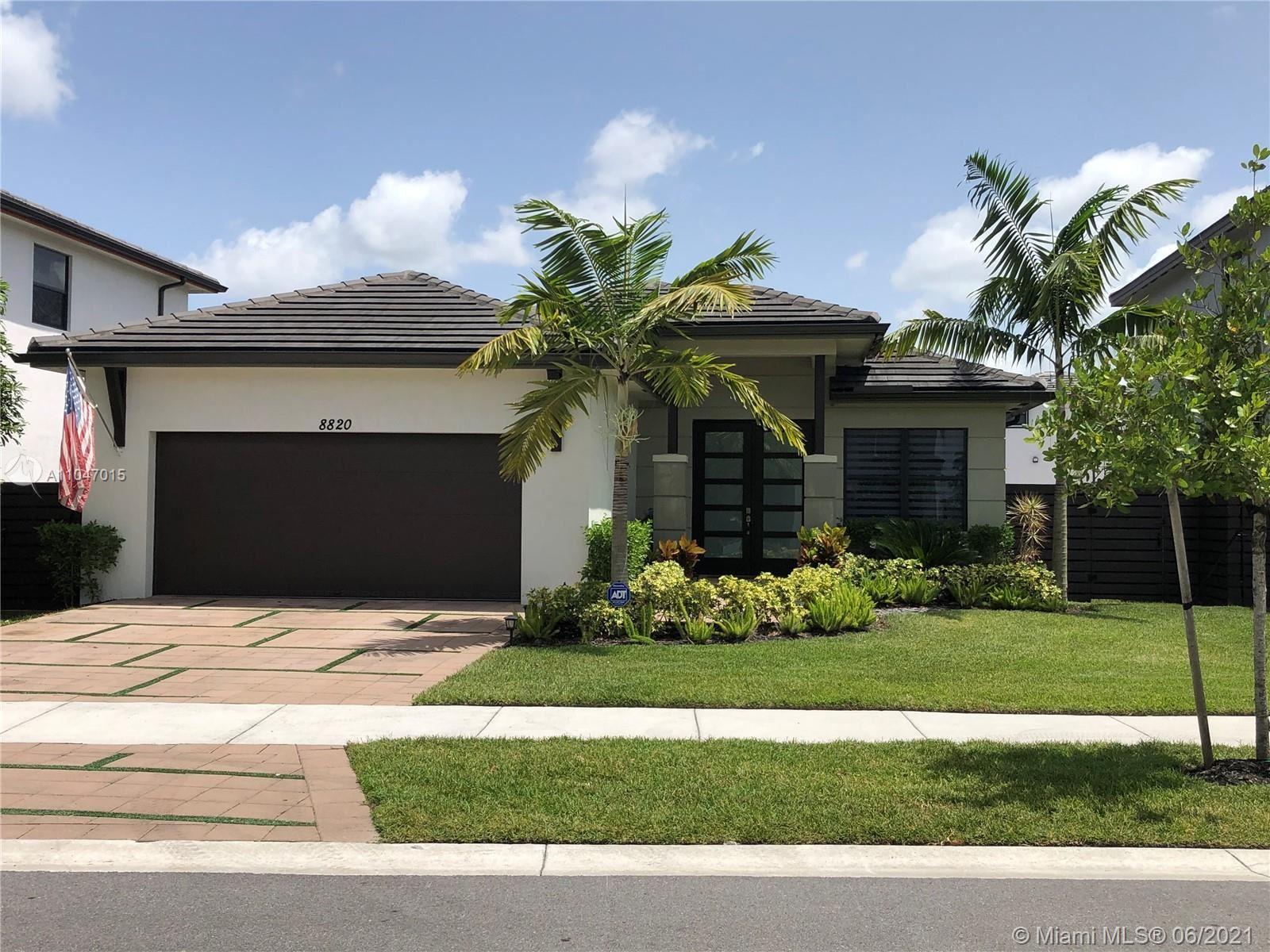 8820 NW 155th Ter, Miami Lakes, FL 33018 - #: A11047015