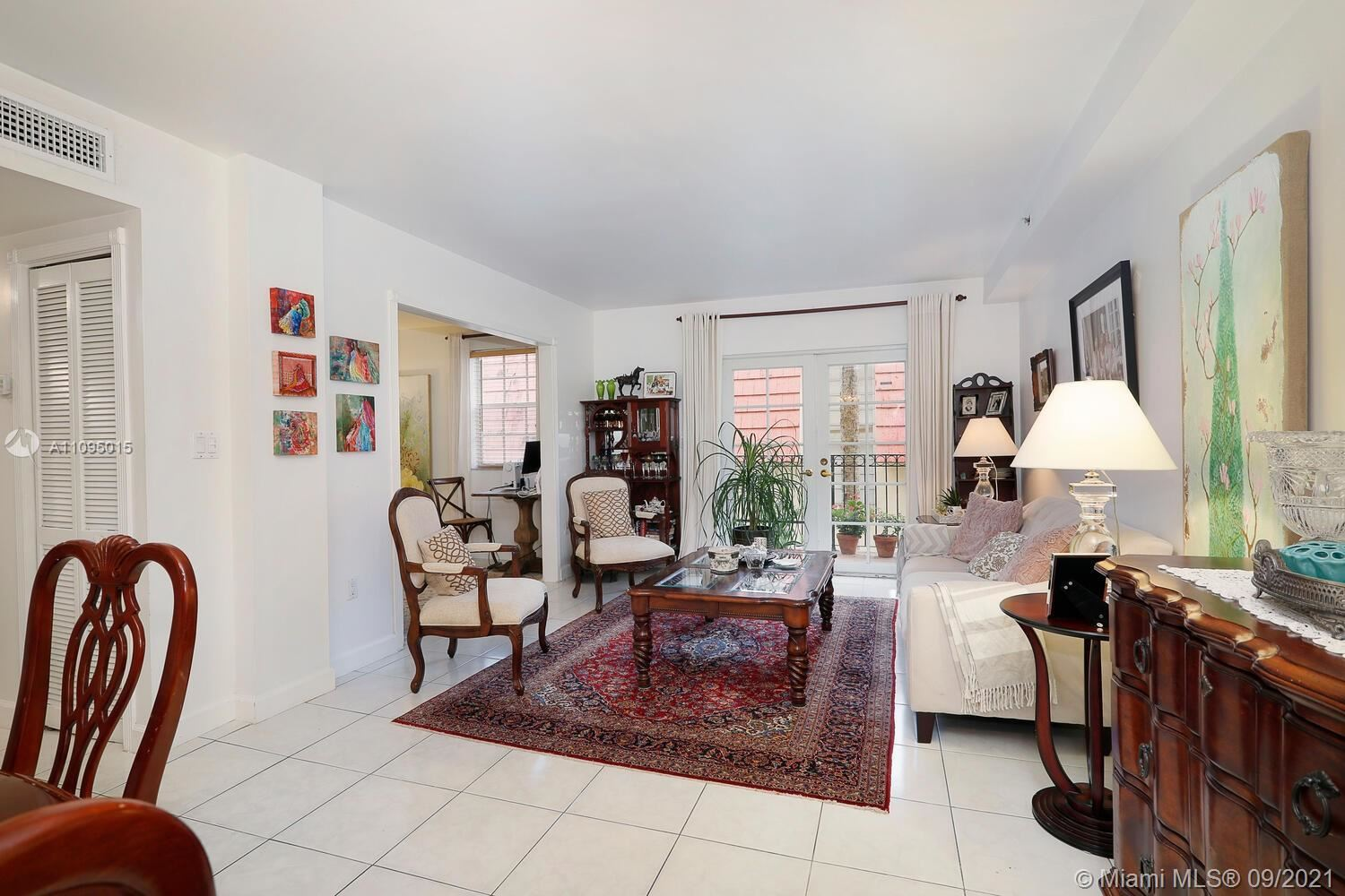 Photo of 323 Navarre Ave #201, Coral Gables, FL 33134 (MLS # A11095015)