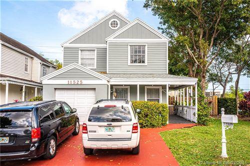 Photo of 11525 SW 117th Ct, Miami, FL 33186 (MLS # A11005016)