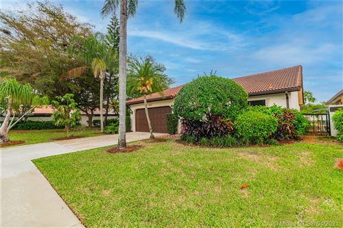 Photo of 7706 Villa Nova Dr, Boca Raton, FL 33433 (MLS # A11016016)