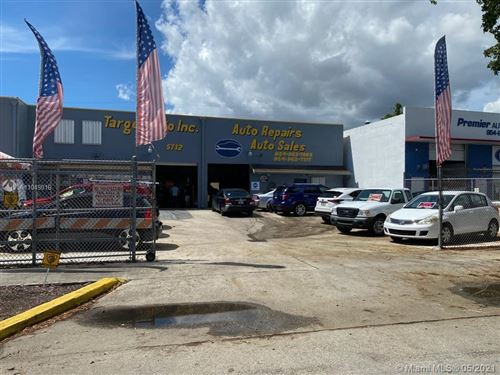 Photo of Hollywood, FL 33023 (MLS # A11049016)