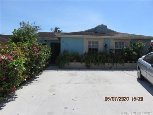 Photo of Listing MLS a10857017 in 18522 SW 114th Ct Miami FL 33157
