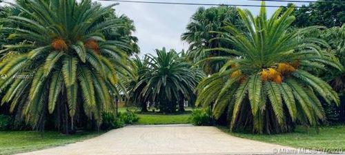 Photo of 19511 SW 216th St, Miami, FL 33170 (MLS # A10890017)