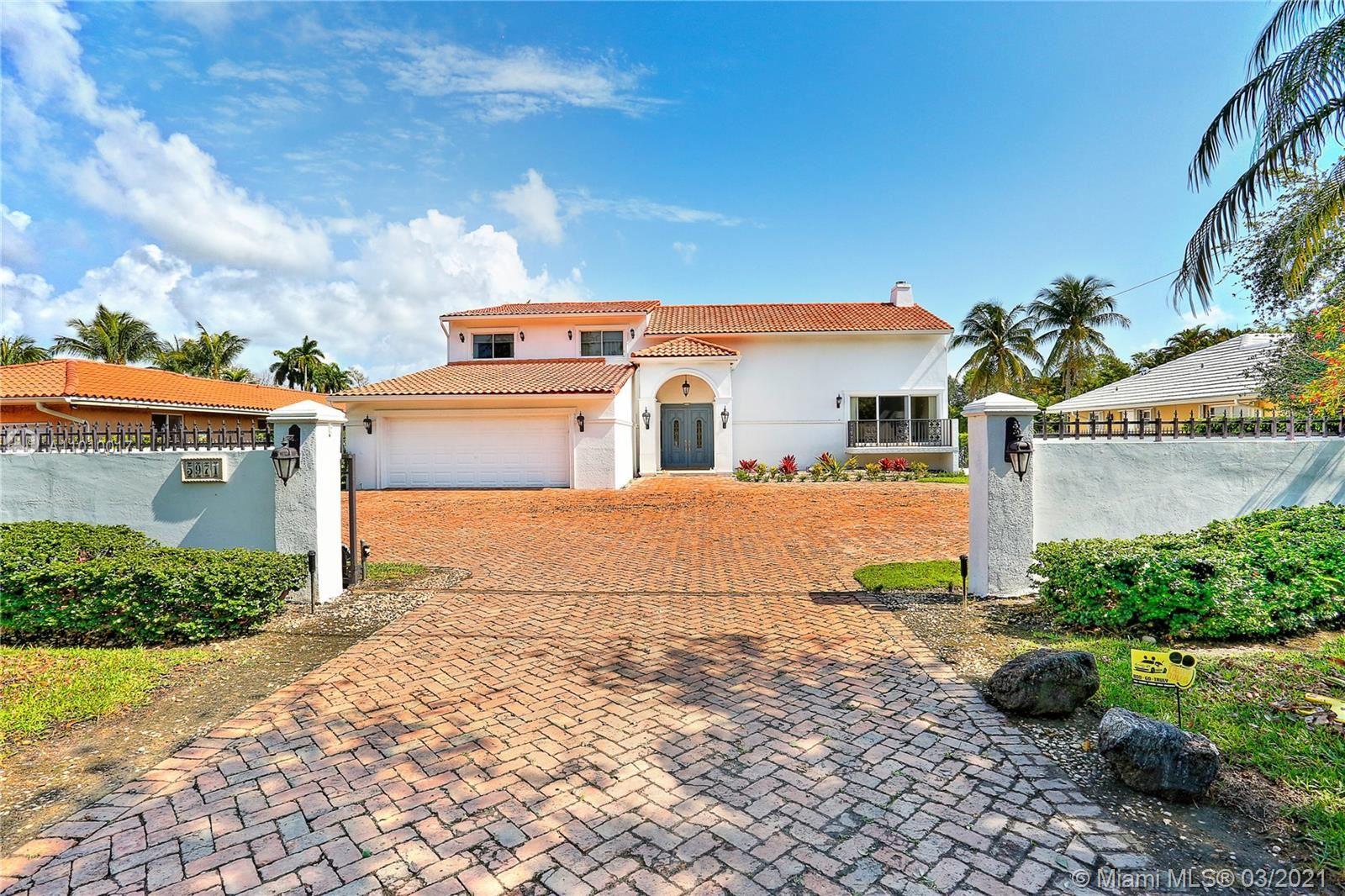 5971 SW 88 St, South Miami, FL 33156 - #: A11010017