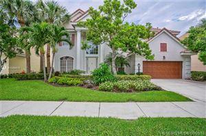 Photo of 161 Oakwood Ln, Palm Beach Gardens, FL 33410 (MLS # A10494019)