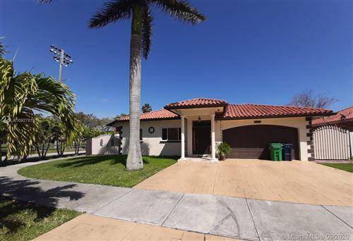 Photo of 18529 SW 97th Pl, Cutler Bay, FL 33157 (MLS # A10927019)