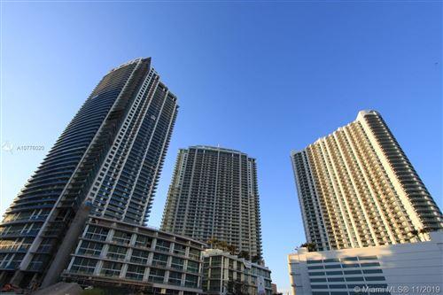 Photo of 92 SW 3rd St #2010, Miami, FL 33130 (MLS # A10776020)