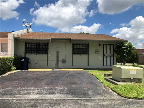 Photo of 2000 SW 103rd Ct, Miami, FL 33165 (MLS # A10906020)