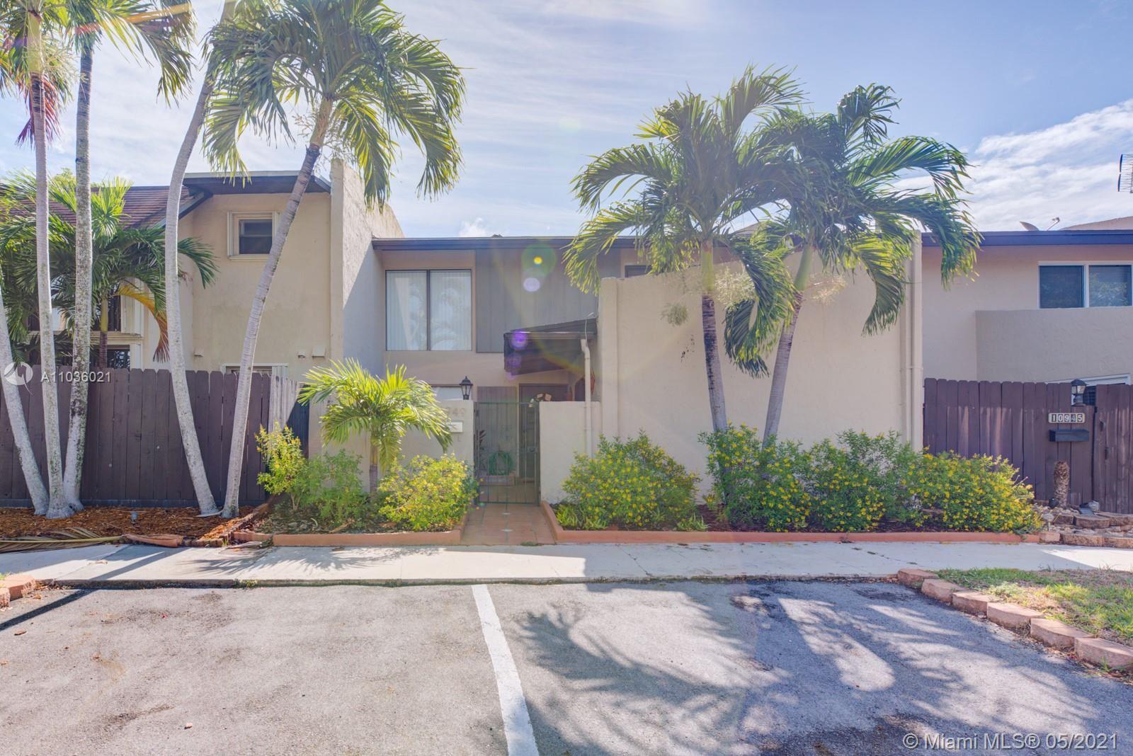 10949 SW 70th Ter, Miami, FL 33173 - #: A11036021