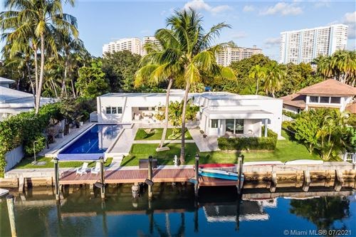 Photo of 30 Island Dr, Key Biscayne, FL 33149 (MLS # A11076022)