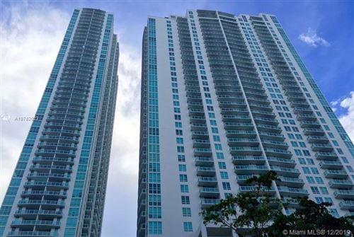 Photo of 950 Brickell Bay Dr #5109, Miami, FL 33131 (MLS # A10782023)