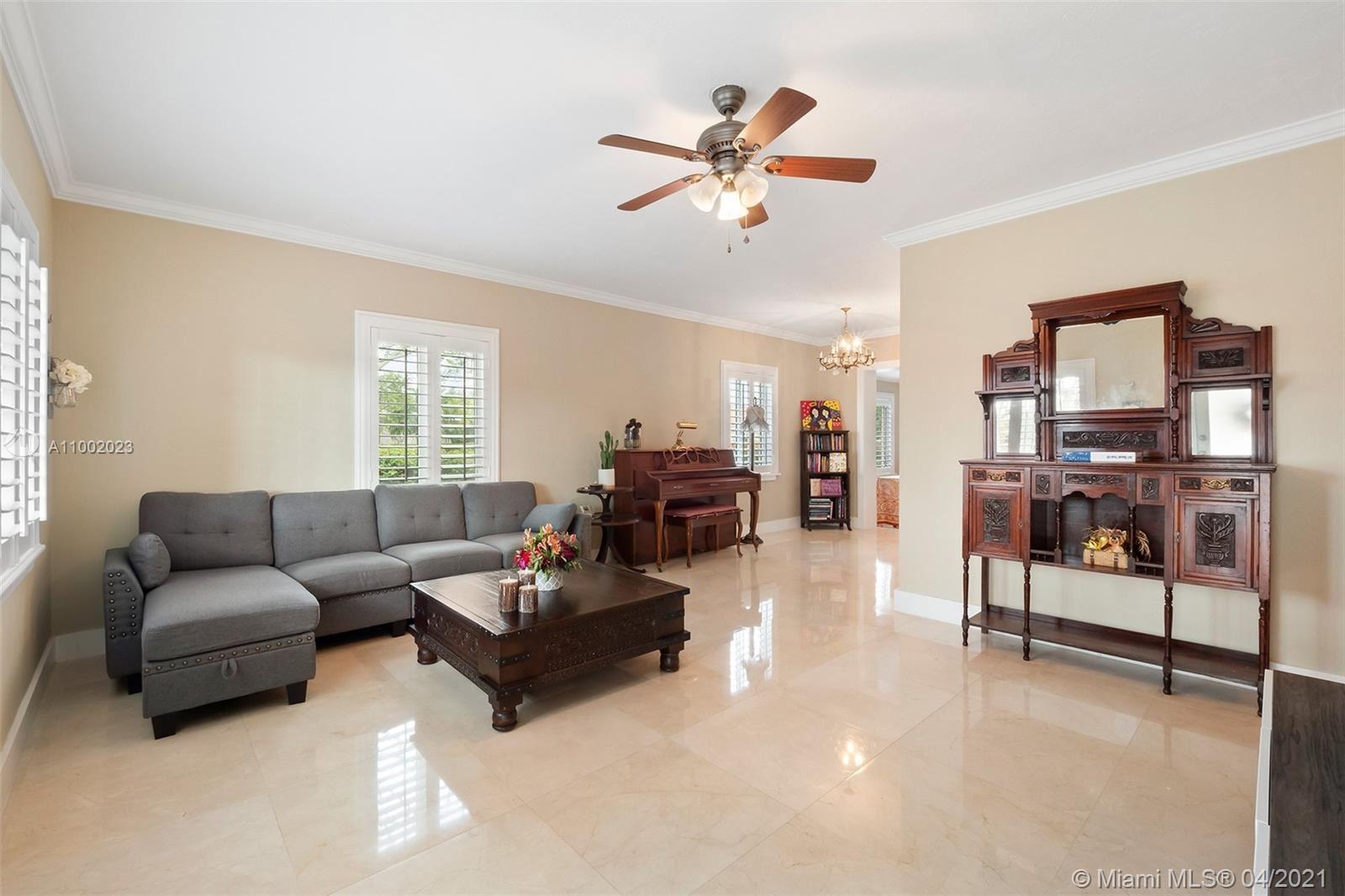 6291 SW 42nd St, South Miami, FL 33155 - #: A11002023
