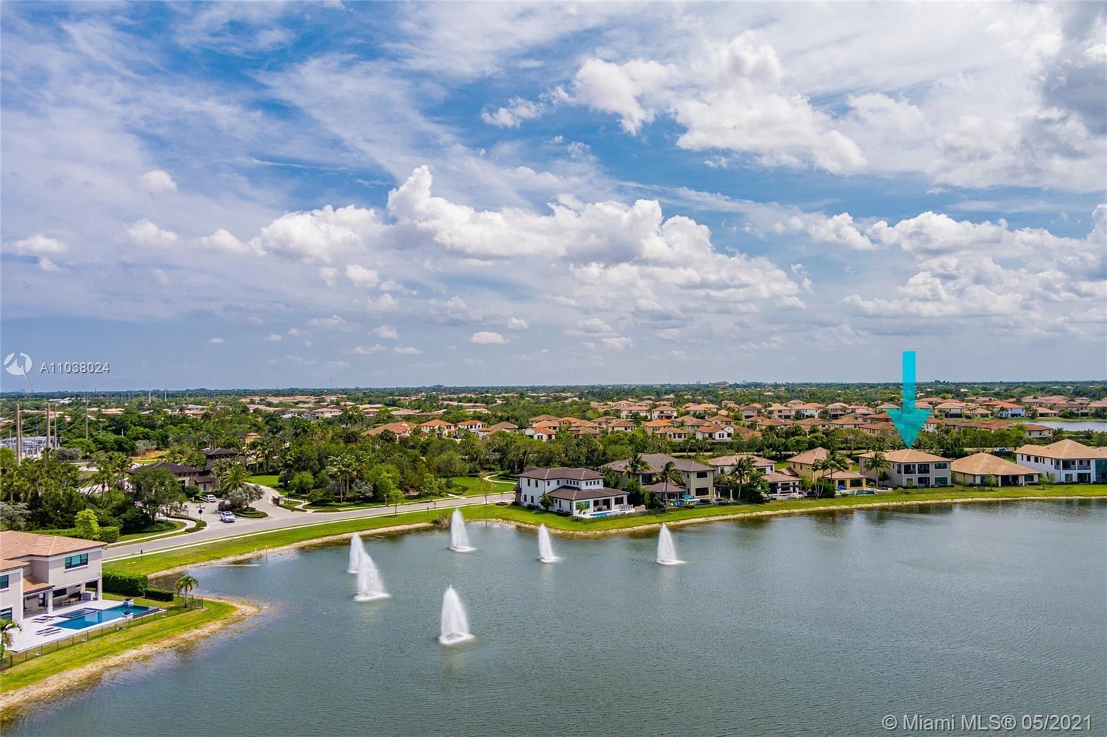 Photo of 11101 W Watercrest Cir W, Parkland, FL 33076 (MLS # A11038024)