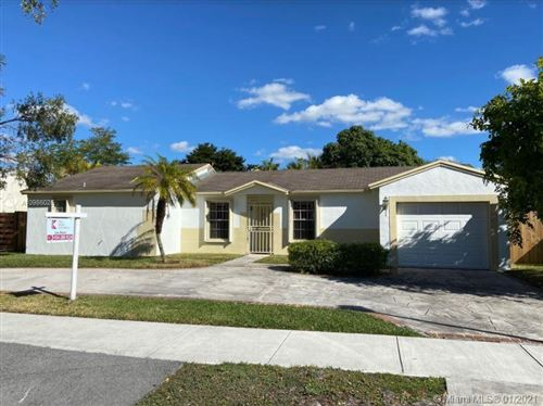 Photo of 20121 NW 57 Ct, Miami, FL 33015 (MLS # A10986026)