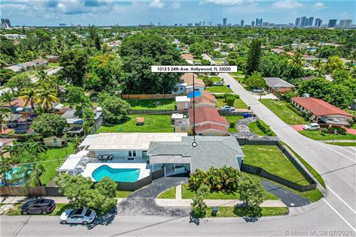 Photo of 1013 S 24th Ave, Hollywood, FL 33020 (MLS # A11077026)