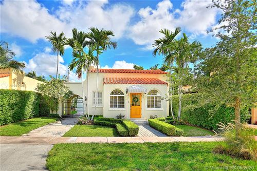 Photo of 311 Viscaya Ave, Coral Gables, FL 33134 (MLS # A10814027)