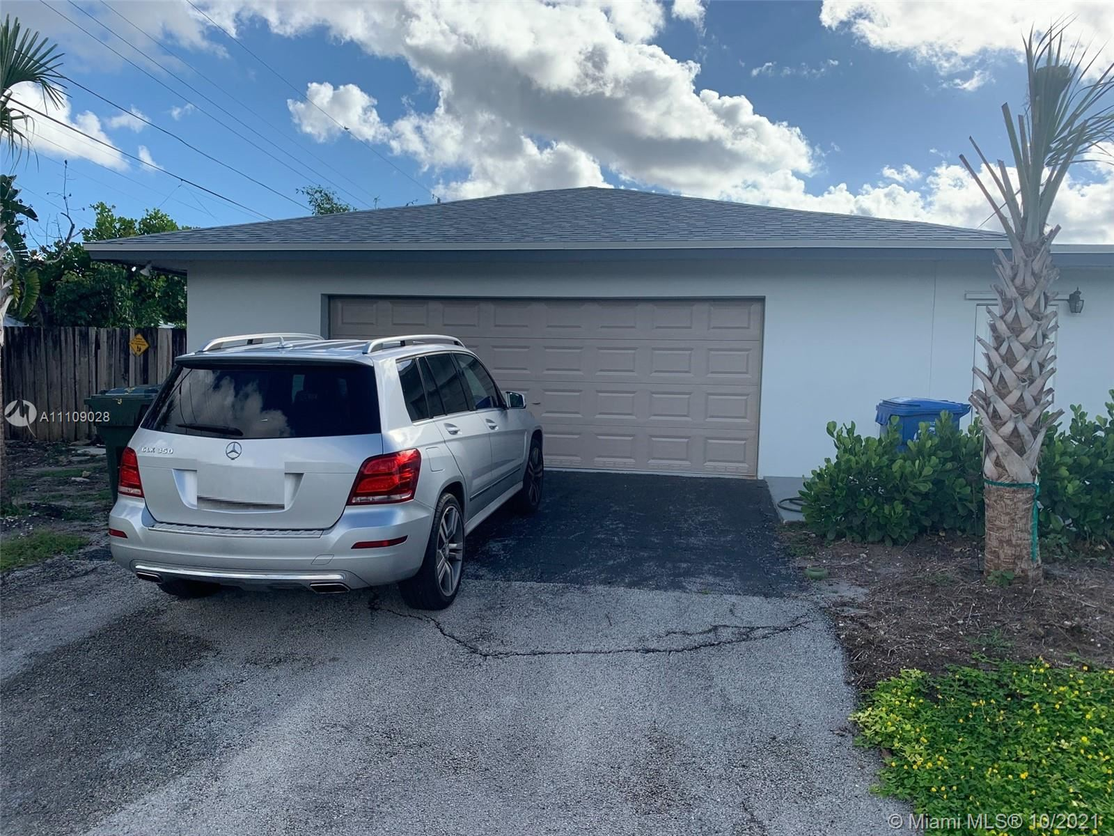 Photo of 497 NW 46th Ct, Oakland Park, FL 33309 (MLS # A11109028)