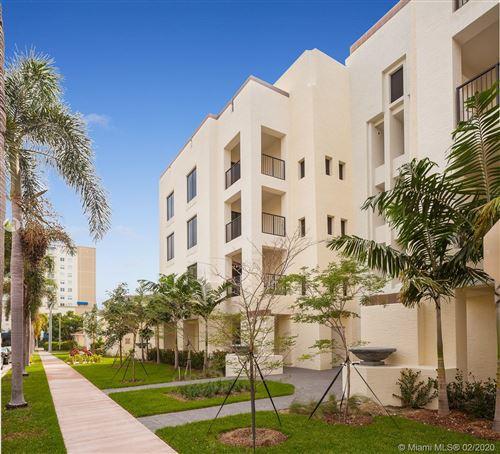 Photo of 26 Santillane Ave #401, Coral Gables, FL 33134 (MLS # A10813029)