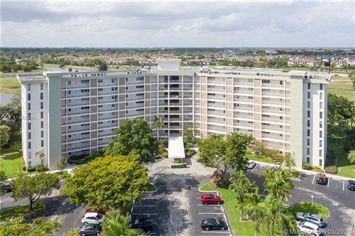 Photo of 3090 N Course Dr #601, Pompano Beach, FL 33069 (MLS # A11007029)