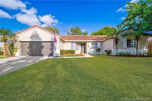 Photo of 17581 SW 138th Ct, Miami, FL 33177 (MLS # A11009029)