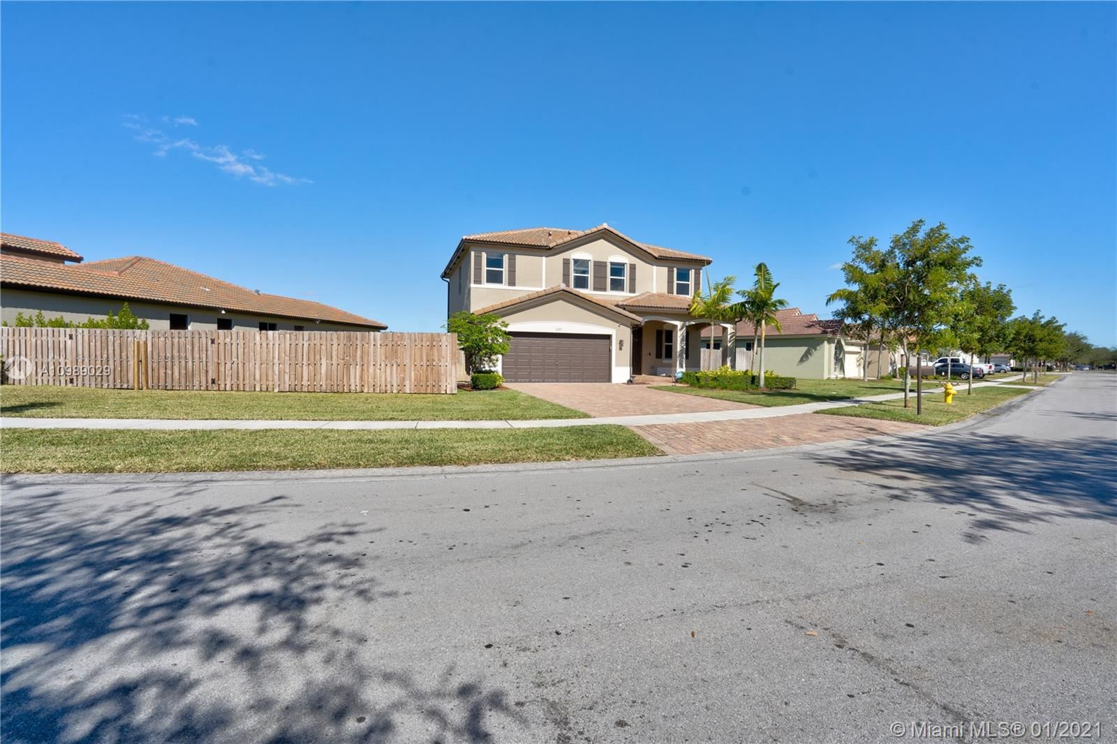 Photo of 2167 SE 2nd St, Homestead, FL 33033 (MLS # A10989029)