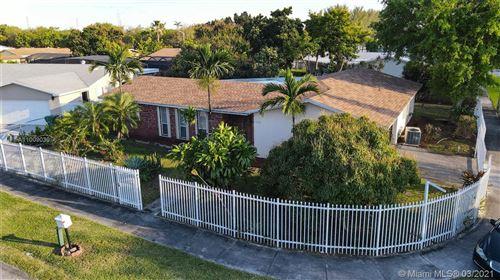 Photo of 17525 SW 108th Ct, Miami, FL 33157 (MLS # A11009030)