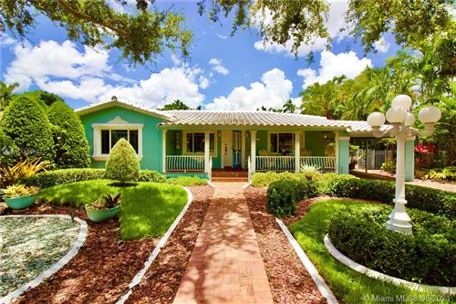 Photo of 937 Hunting Lodge Dr, Miami Springs, FL 33166 (MLS # A11051031)