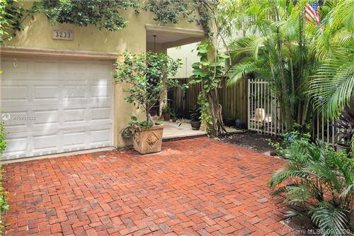 Photo of 3233 Gifford Ln #3233, Coconut Grove, FL 33133 (MLS # A10931032)