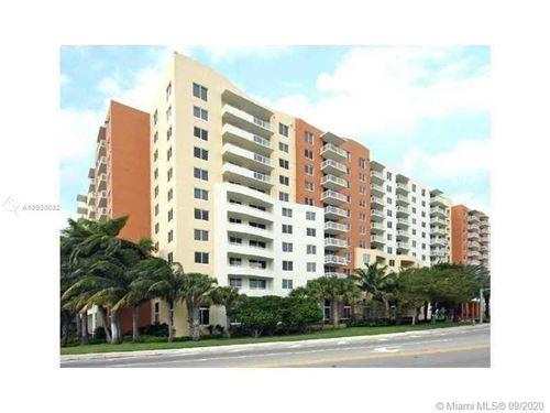 Photo of 18800 NE 29th Ave #903, Aventura, FL 33180 (MLS # A10933032)