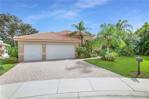 Photo of 3273 Muirfield, Weston, FL 33332 (MLS # A10778033)