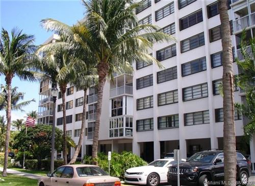 Photo of 550 Ocean Dr #2G, Key Biscayne, FL 33149 (MLS # A10555034)