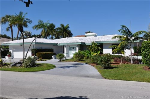 Photo of Listing MLS a10812034 in 2887 NE 26th Ct Fort Lauderdale FL 33306