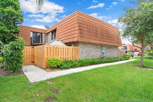 Photo of 1402 SW 110th Way, Davie, FL 33324 (MLS # A11074035)