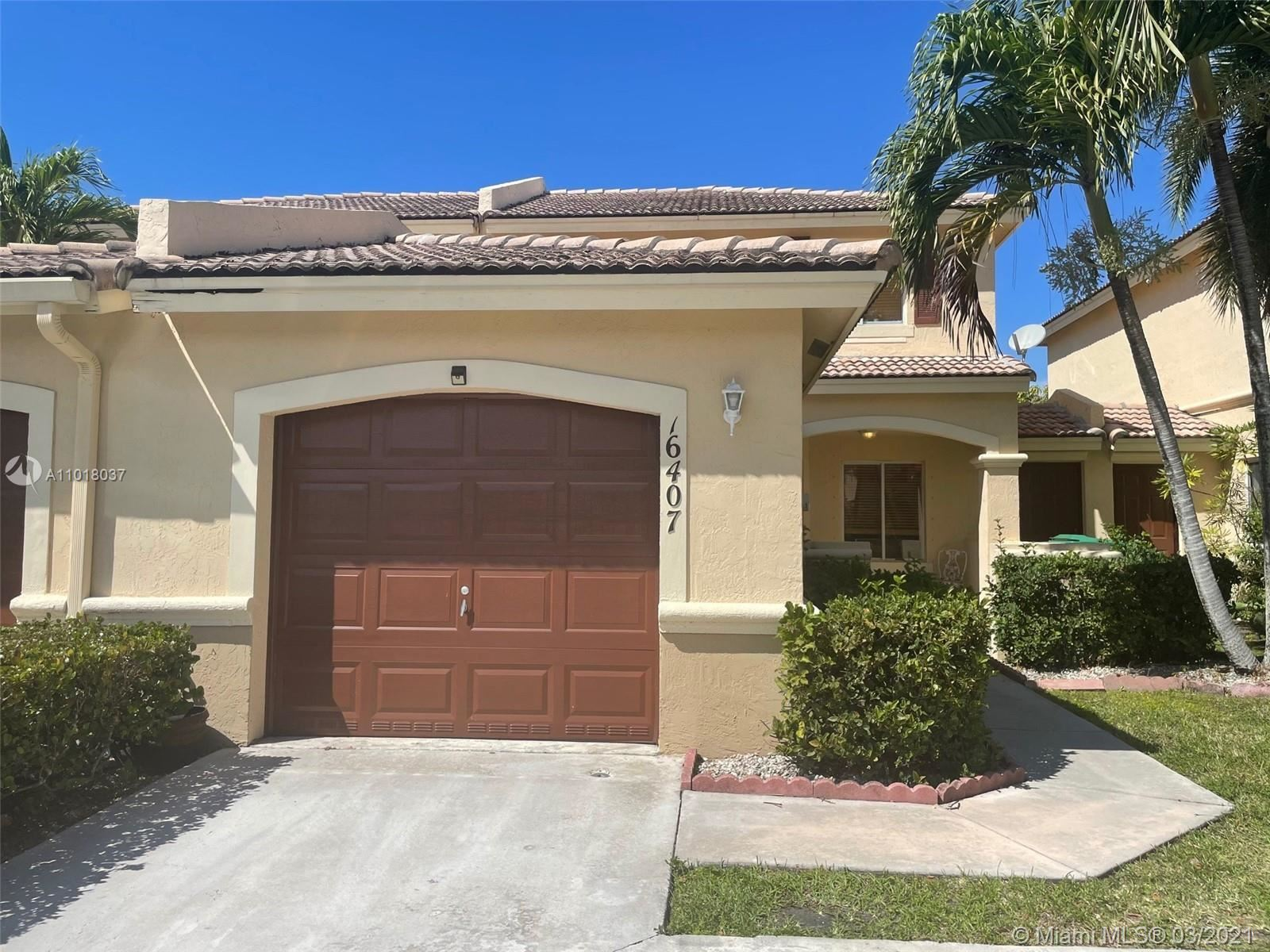 16407 SW 73rd Ter, Miami, FL 33193 - #: A11018037