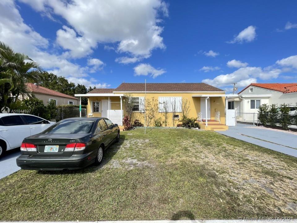 3241 NW 6th St, Miami, FL 33125 - #: A11044037