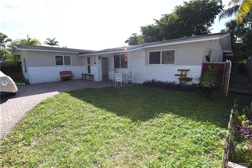 Photo of Listing MLS a10806038 in 3111 NW 78th Ave Davie FL 33024