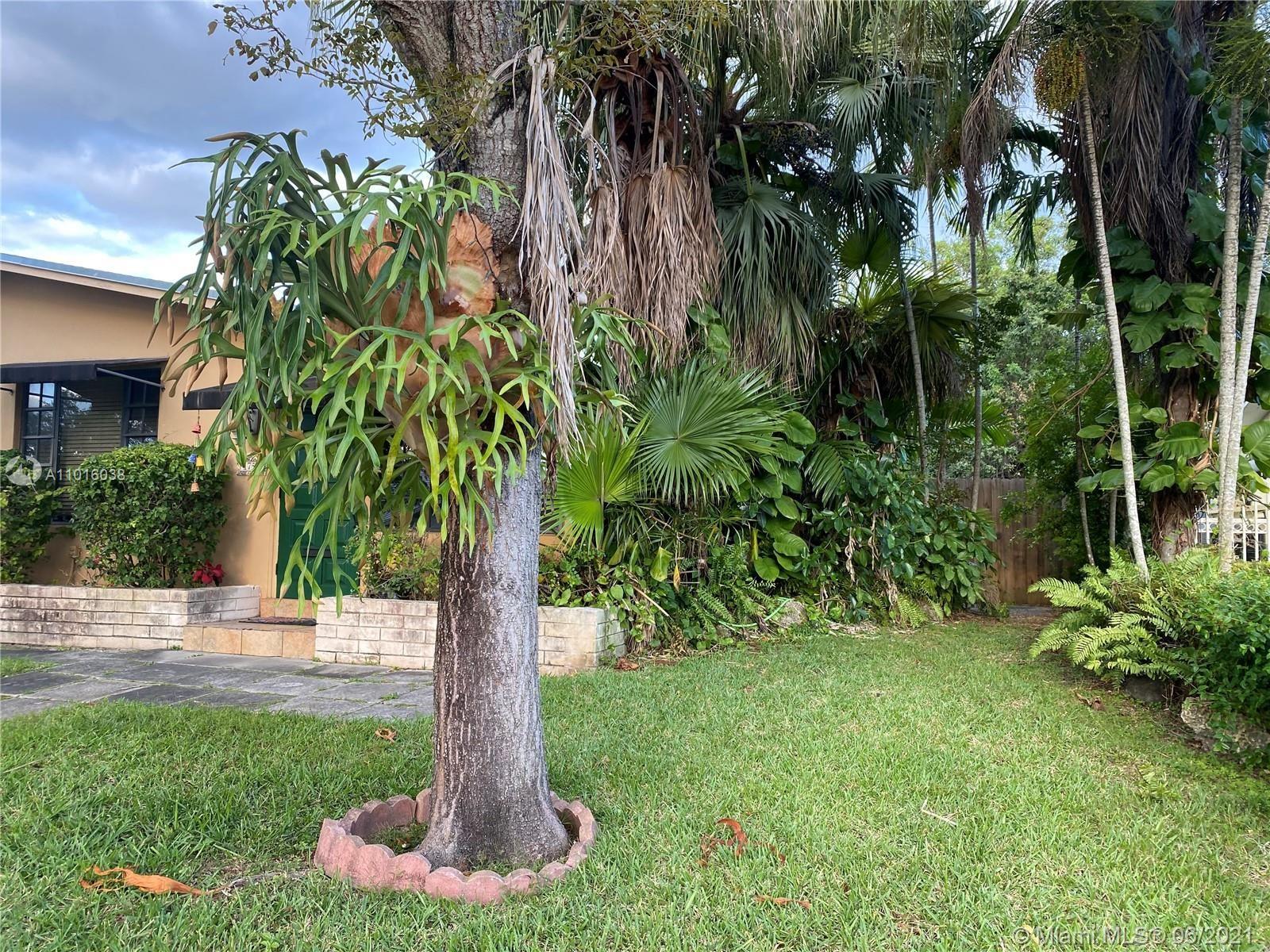 Photo of 1755 SW 70th Ct, Miami, FL 33155 (MLS # A11016038)