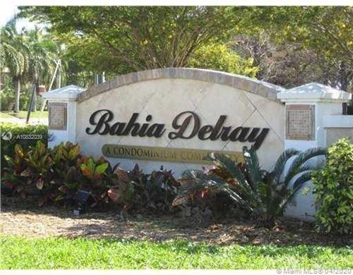 Photo of 1385 Crystal Way #L, Delray Beach, FL 33444 (MLS # A10832039)