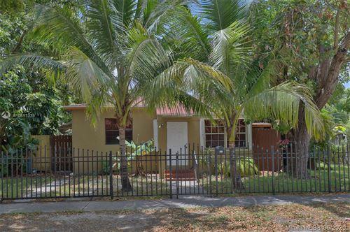Photo of Listing MLS a10857039 in 1172 NE 161 TER North Miami Beach FL 33162