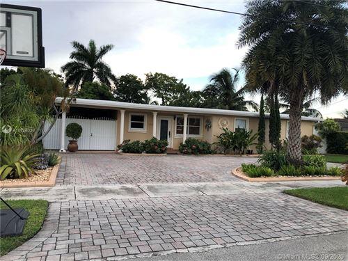 Photo of 11101 SW 47th St, Miami, FL 33165 (MLS # A10928039)